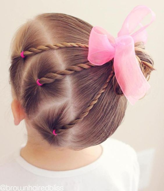 Cool Hairstyles for Little Girls on Any Occasion 5