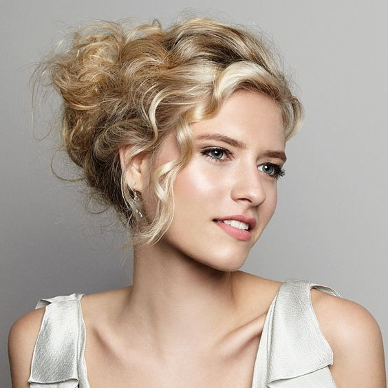 DIY Wedding Hairstyle How-To A Romantic Updo