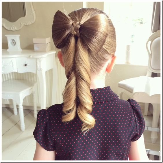 Easy Christmas Hairstyles for Little Girls