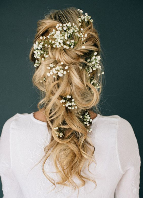 Effortlessly Romantic Wedding Hairstyles