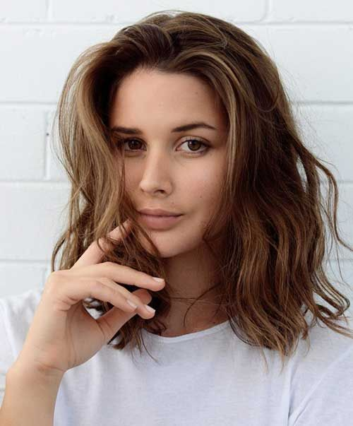 Flawless Shoulder Length Hairstyles for 2019
