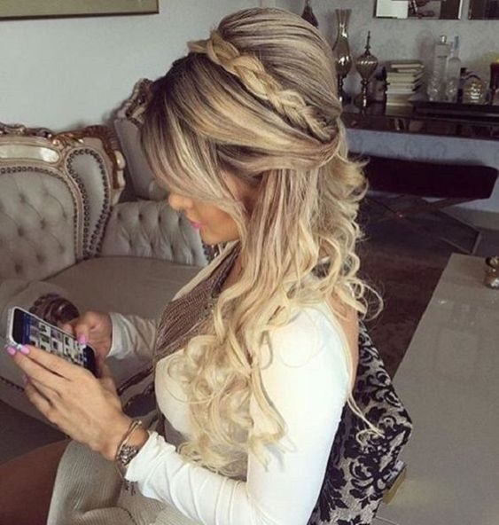 Half Up Half Down Wedding Hairstyles to Try