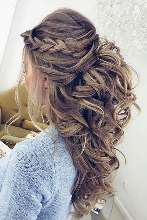 Half up half down wedding hairstyles 2019