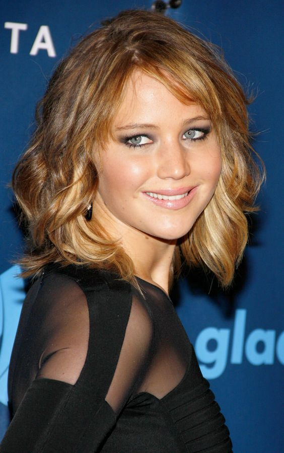 Low-Maintenance Celebrity Hairstyles You Can Easily Recreate