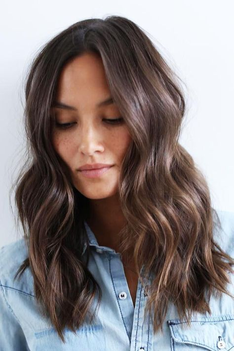 MEDIUM LENGTH HAIRSTYLES 2019