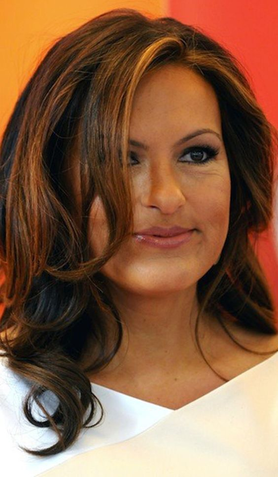 Mariska Hargitay Hairstyles to Inspire You