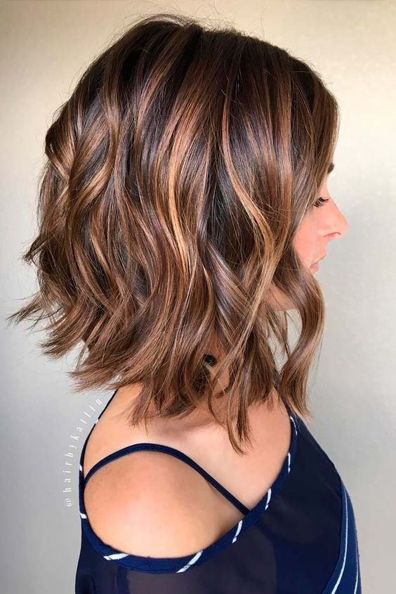 Medium Hairstyles and Shoulder Length Haircuts of 2018