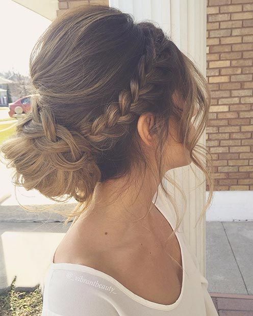 Need inspiration for gorgeous prom hairstyles