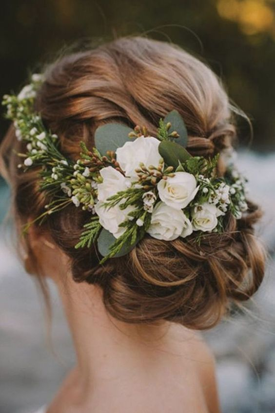 The Biggest Trends in Wedding Hairstyles