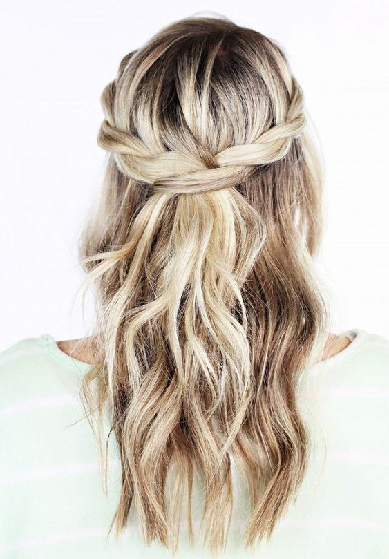Awesome Half Up Half Down Wedding Hairstyle