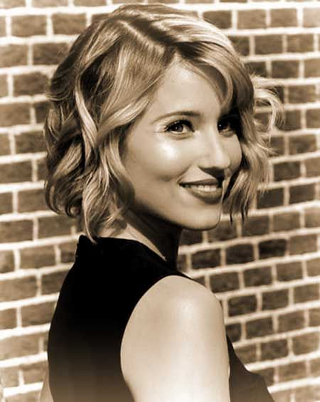Awesome and Very Appealing Short Wavy Bob Hair