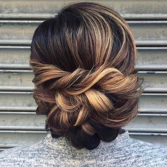 Beautiful Hair Style Ideas for Prom Night