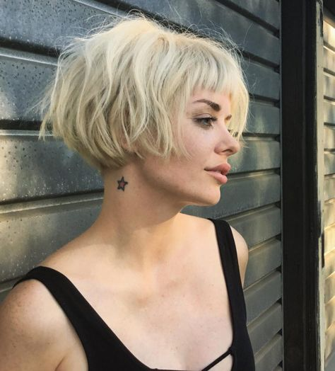 Best Chic Short Bob Haircuts & Hairstyles