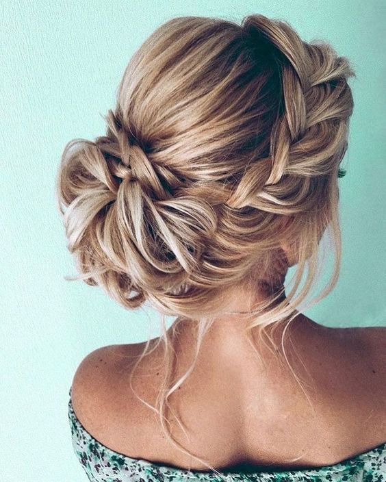 Gorgeous Updo Braided Hairstyles for Any Occasion