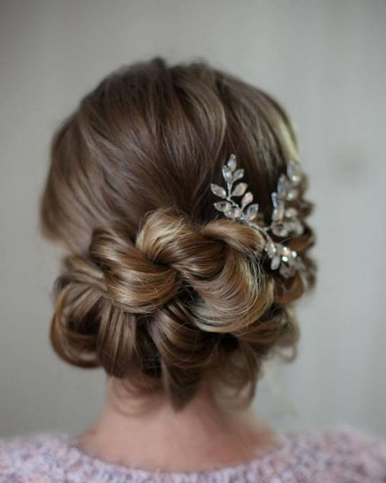 Gorgeous Wedding Hairstyle Ideas from Tonya Pushkareva