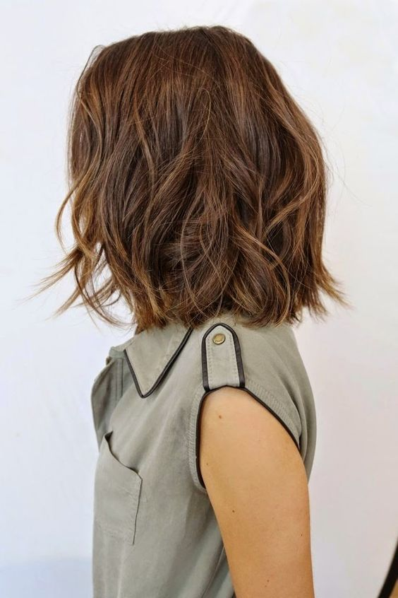 Haircuts for Women in Their 30s