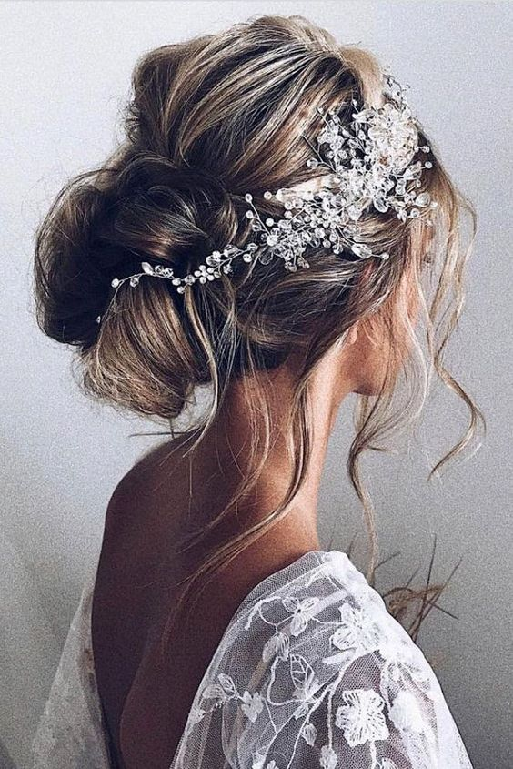 Long Wedding Hairstyles and Updos