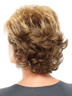 Medium Length Hairstyles for girls with Round Faces