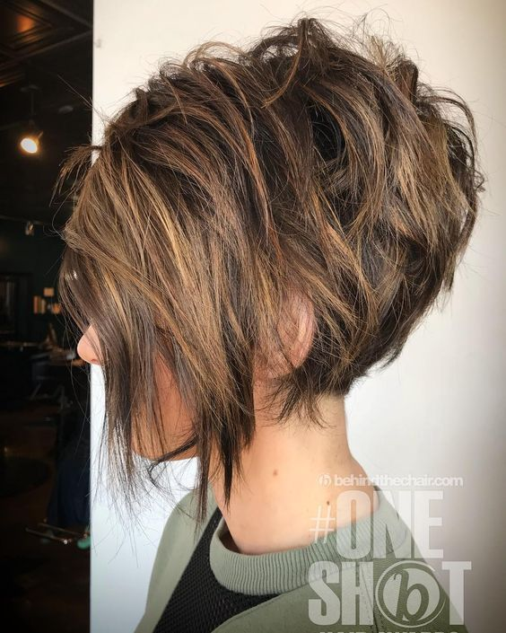 26 Best Women Hairstyle With Short Stacked Bob Hairstyle