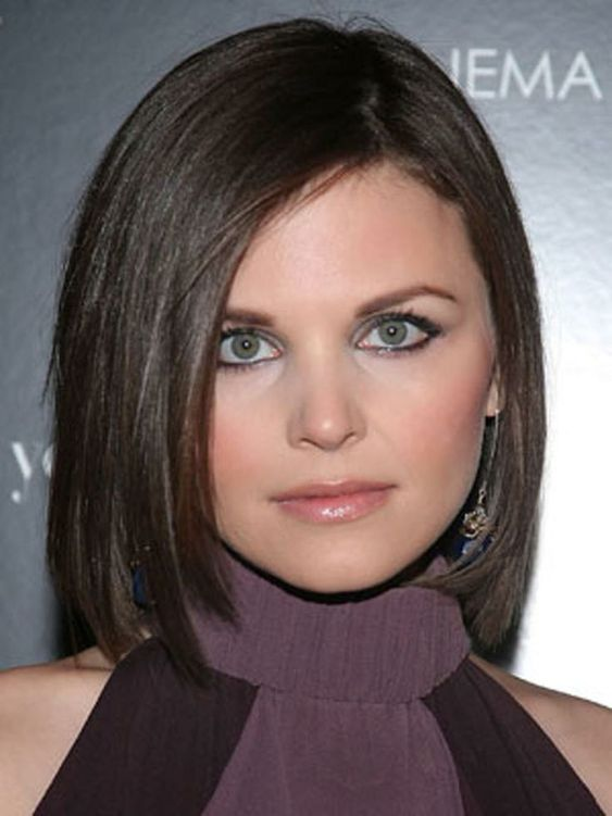 Most Flattering Hairstyles For Round Faces