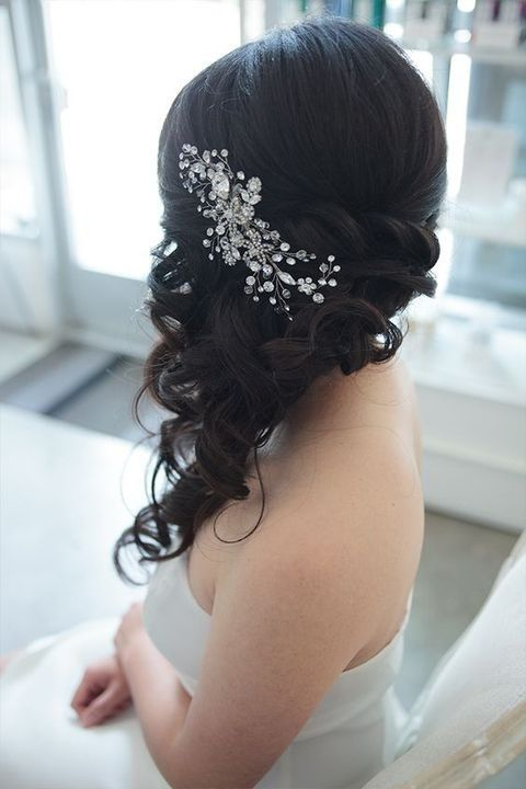 Gorgeous Side Swept Wedding Hairstyles