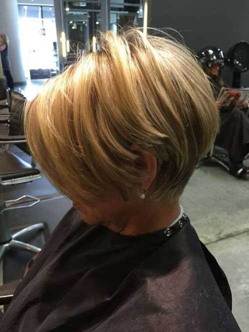 Astonishing Short Bob Haircuts for Pretty Women