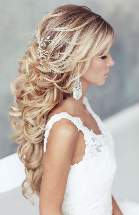 Beautiful Long Hair Styles For Grand Occasions