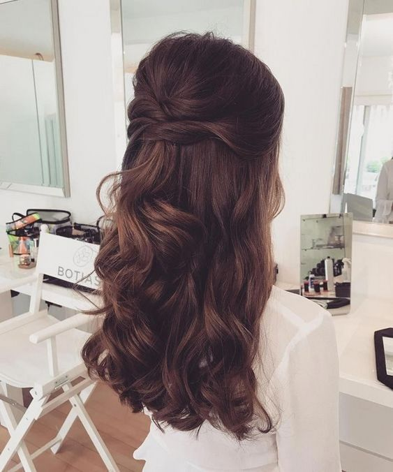 Brilliant Half Up Half Down Wedding Hairstyles for 2019