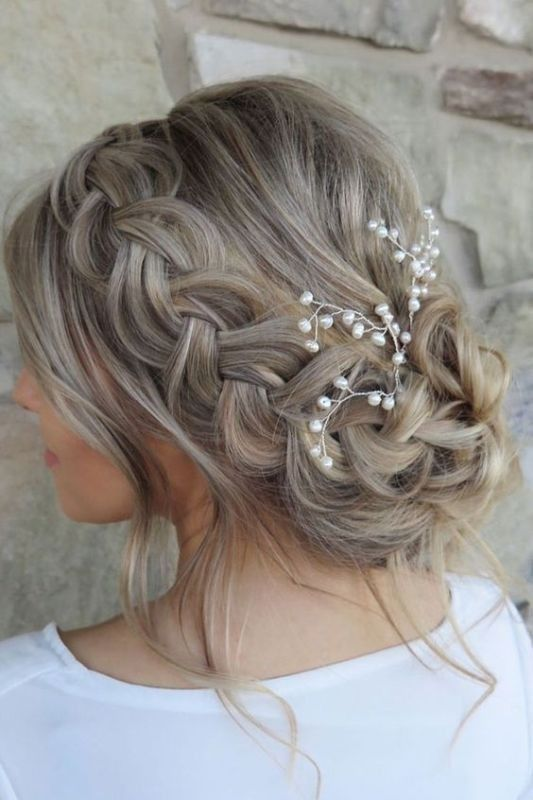 Beautiful Wedding Hairstyles for Elegant Brides