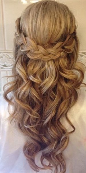 Amazing Half Up Half Down Wedding Hairstyle Ideas