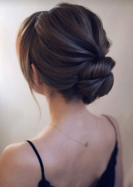 Awesome Low Bun Wedding Hairstyles