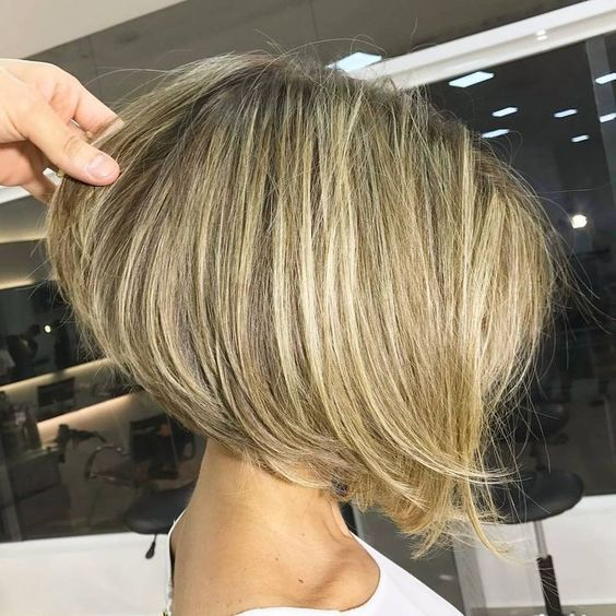 Best Stacked Bob Haircuts for Women