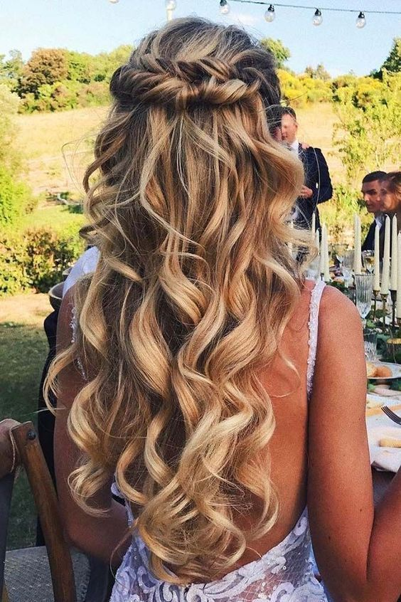 Beautiful Easy Half up-Half down Hairstyles