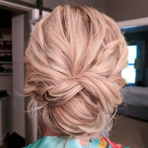 Best Updo Hairstyles for Women 2019