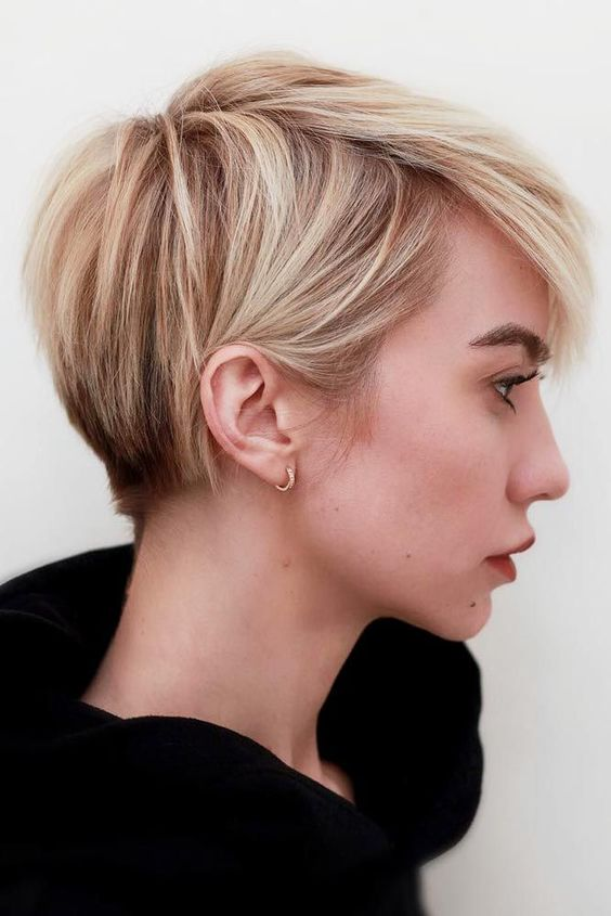 Classy Short Ombre Hair Ideas For Women