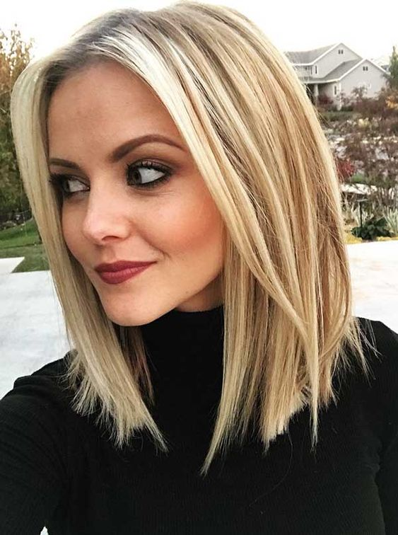 Great Haircuts for Women With Round Faces and Medium Hair