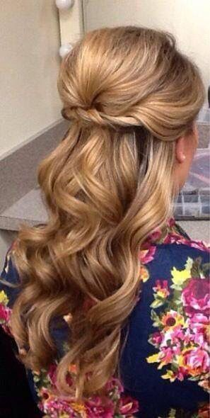 Half Up Half Down Wedding Hairstyles Anyone Would Love