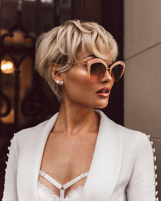 Must-Try Short Hairstyles For Women 2019