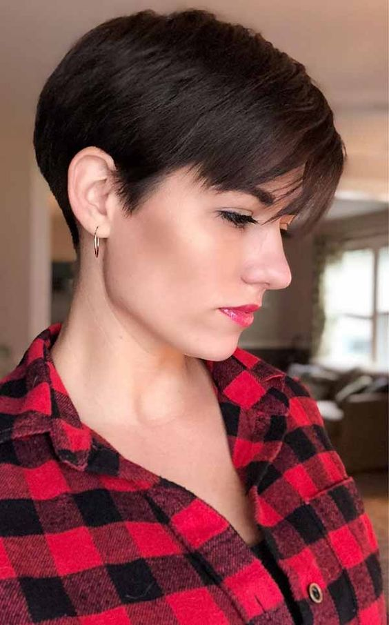 Must-Try Short Hairstyles For Women