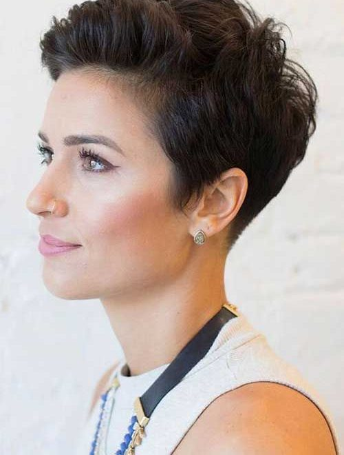 Short Pixie Haircuts for Stylish Women