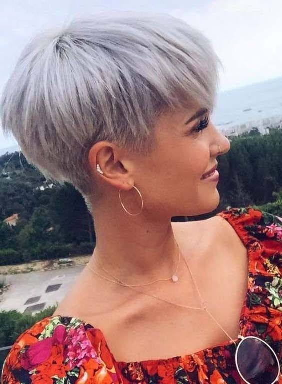 Cutest Short Blonde Pixie Haircut
