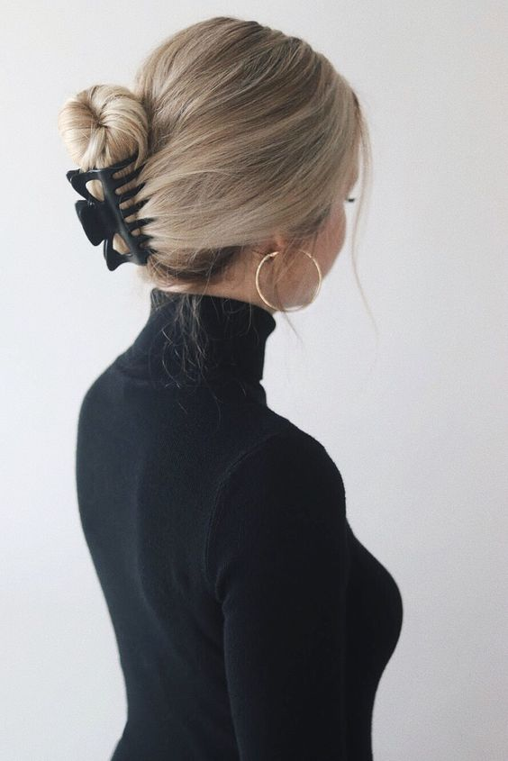 EASY CLAW CLIP HAIRSTYLES