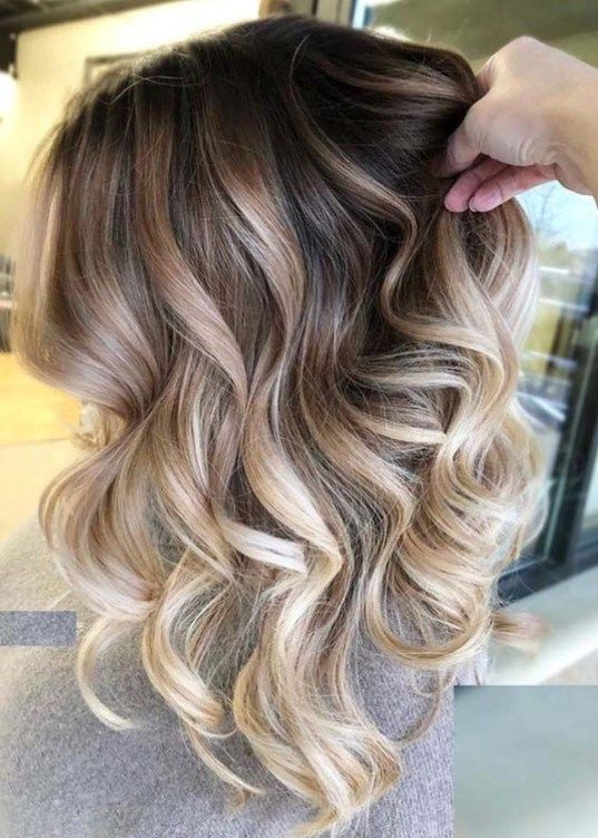 Gorgeous Face Framing Medium Length Hairstyles for 2019 – Page 14 of 28
