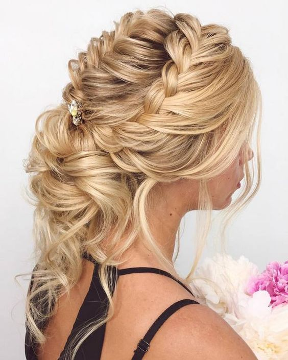 New Long Wedding Hairstyles & Updos
