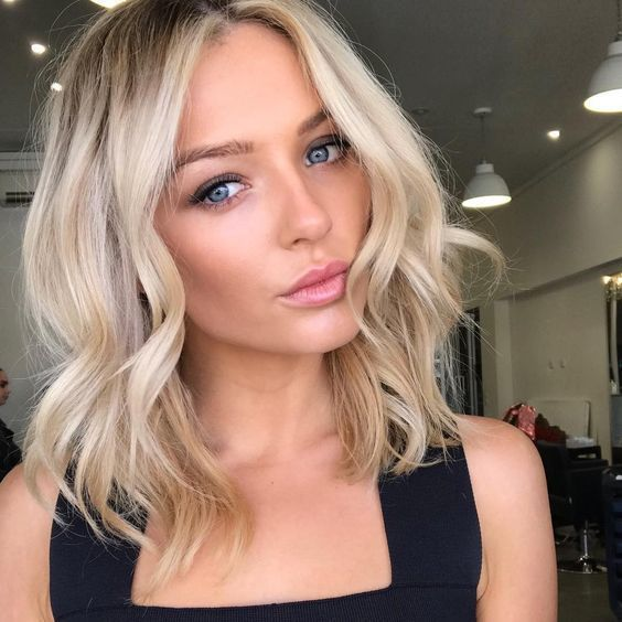 Popular Short Shoulder Length Haircuts
