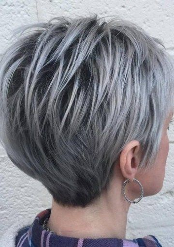 pixie hair styling