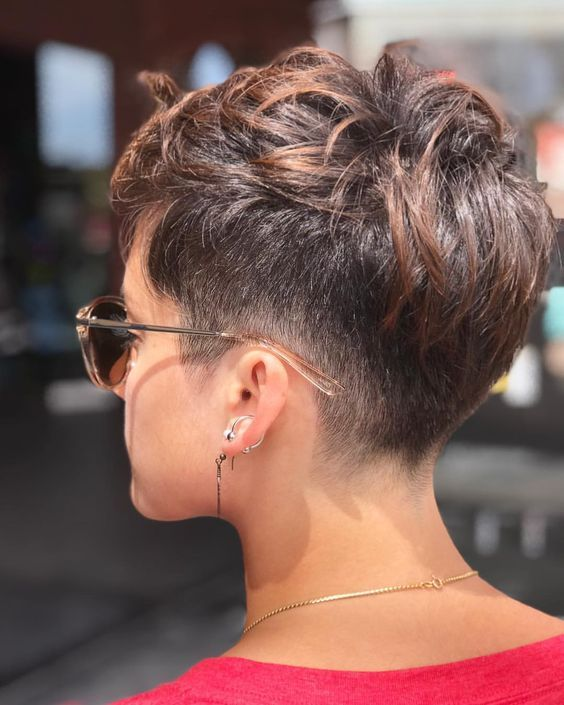 Stunning Short Pixie Hairstyles