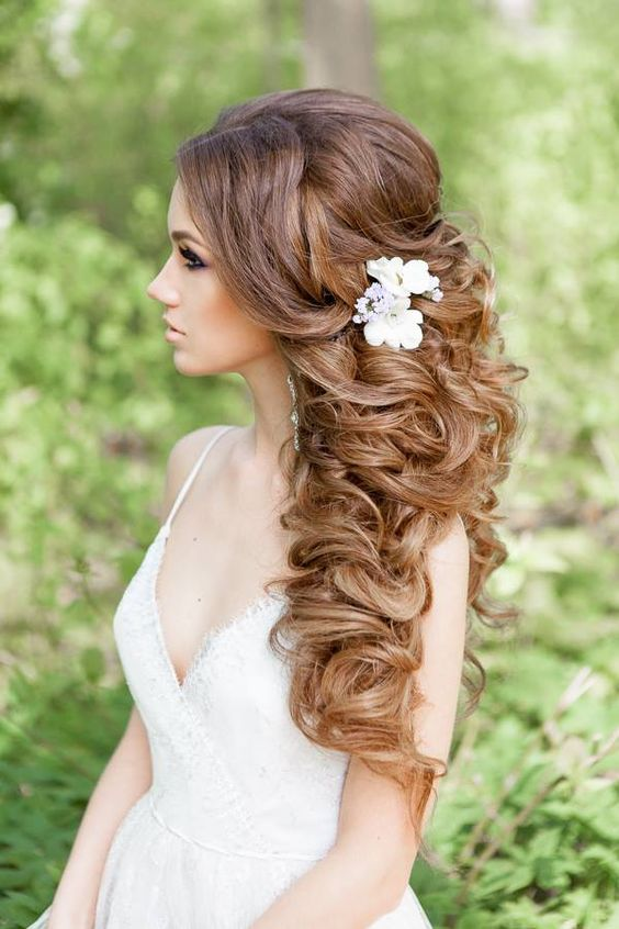 Wedding Hairstyles for a Gorgeous Wavy Look