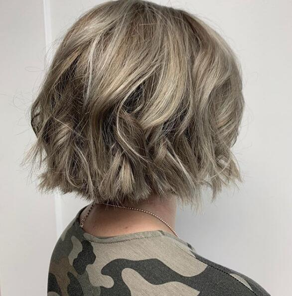 Cute bob Fresh Color