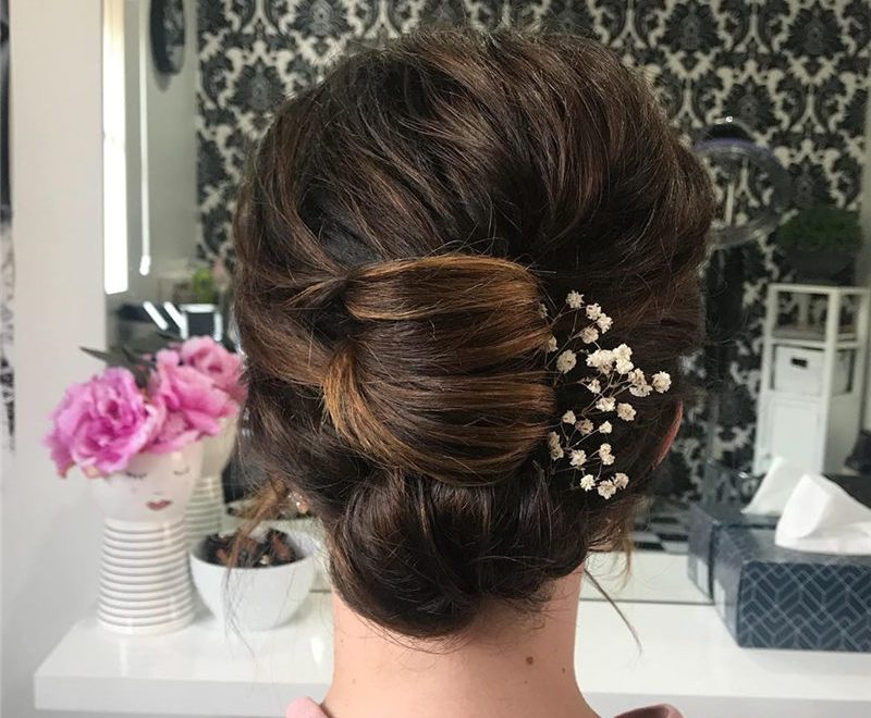 Amazing Wedding Hairstyles to Get A Fresh and Romantic Look-57